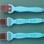 Skinny Gluing brush for wood joinery biscuits